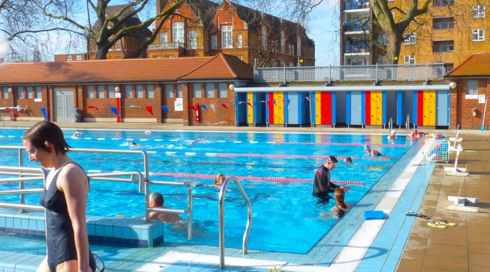 Late reprieve for london fields lido it stays open as hackney resumes search for repair firm for Late night swimming pools london