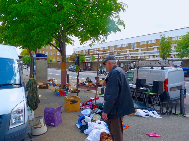 kingsland©DA12: Trader (books, antiques) Norman contemplates his last Saturday @ Kingsland Waste Market, Kingsland Rod, Dalston, Lon E8 May 2012 © david.altheer@gmail.com