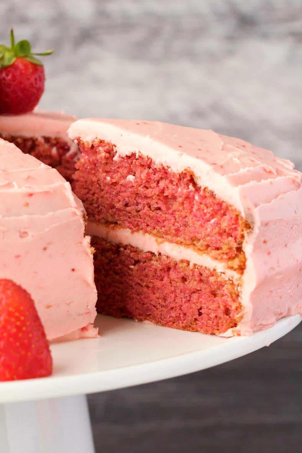 Vegan Strawberry Cake With Strawberry Frosting Loving It Vegan