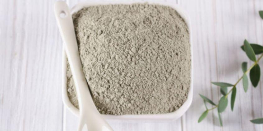 Benefits of Using Bentonite Clay in 4C Hair | Loving Kinky Curls