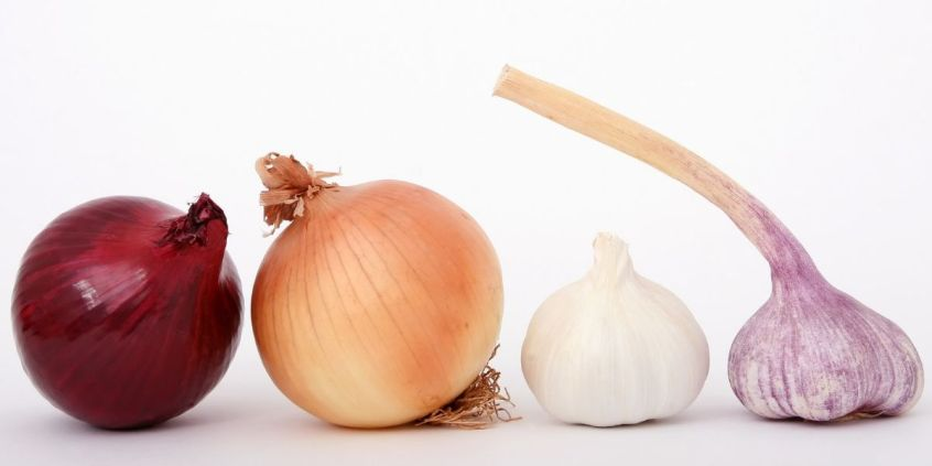 How to Prepare Onion Juice