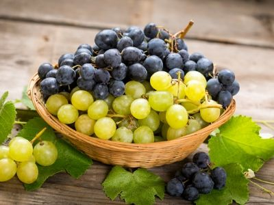 Grapes for hair growth