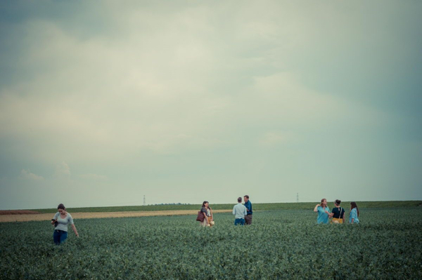 Une visite dans les champs d'Olvarit