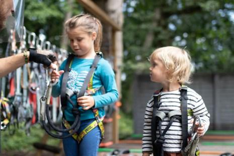 Accrobranche avec les enfants en Belgique Dock79