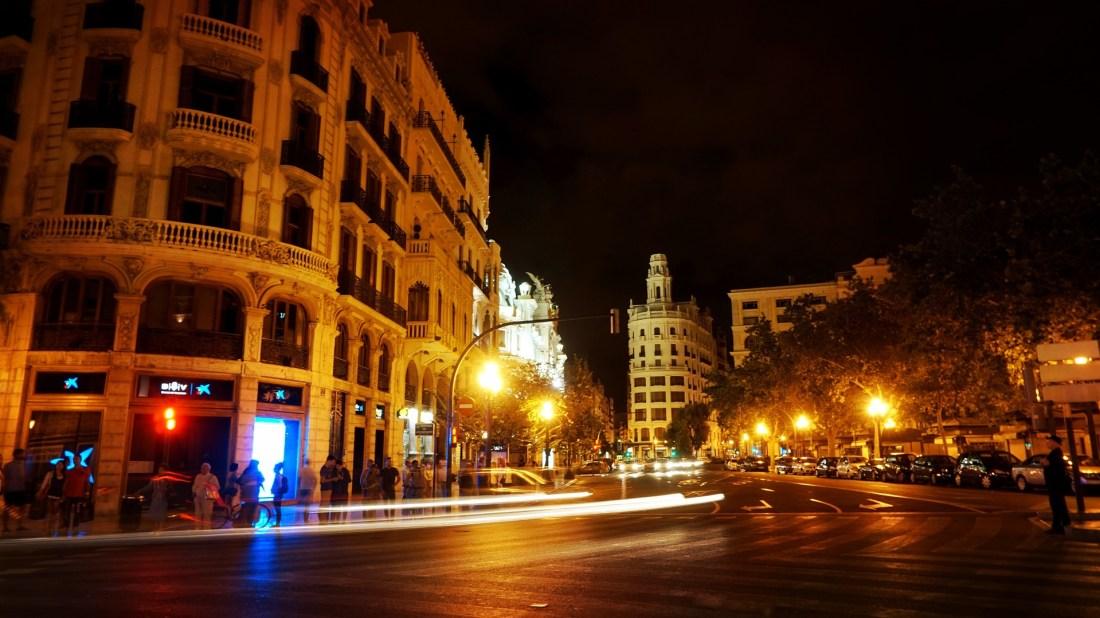 valencia-at-night