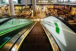 Malaga_airport_shopping