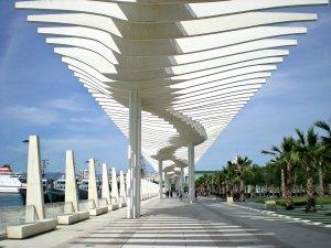 Malaga_port_promenade