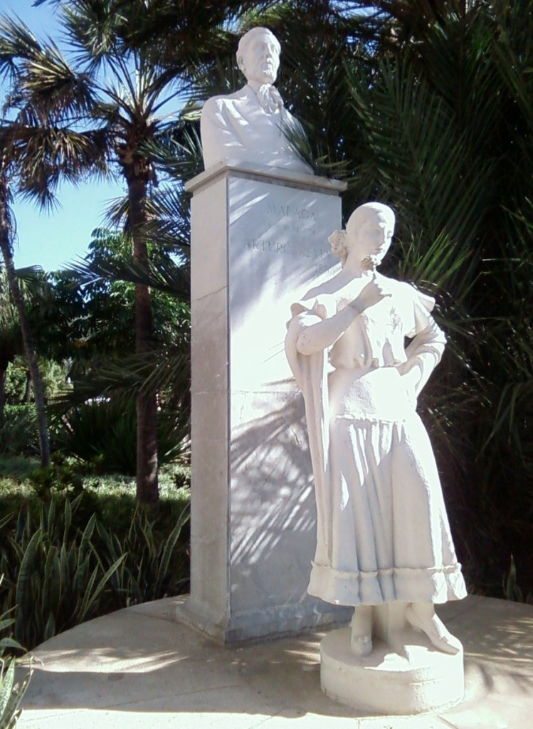 Monumento a Arturo Reyes in Malaga