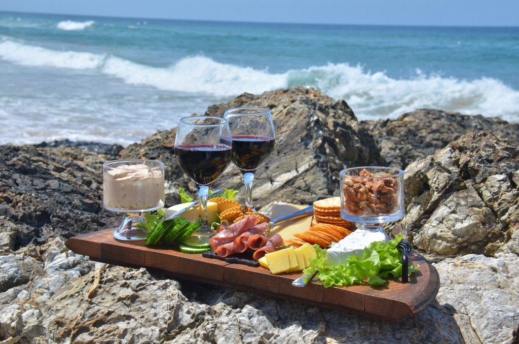 Canary Islands wine and cheese platter