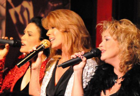 Veronica Valdez, Kelly Clinton, Elisa Fiorillo