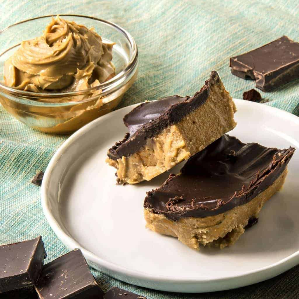No-Bake Keto Peanut Butter Chocolate Bars