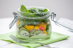 salada low carb no pote