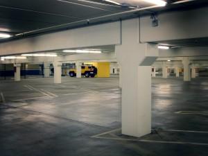 parking-lot-240896_1280-300x225