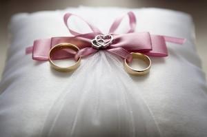 wedding-688924_640-300x199