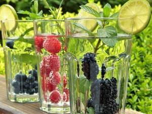 55e3d4444a57a914f6da8c7dda793278143fdef85254774f702d7adc9f49 640 - Juicing: How To Improve Your Diet With Drinks