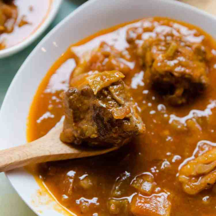keto Asian Style Oxtail Borscht Soup pic