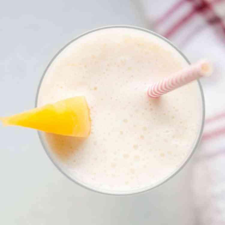 Keto Peaches n' Cream Milk Smoothie pic