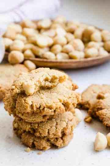 Keto Cream Cheese Vanilla Macadamia Nut Cookies LowCarbingAsian Cover