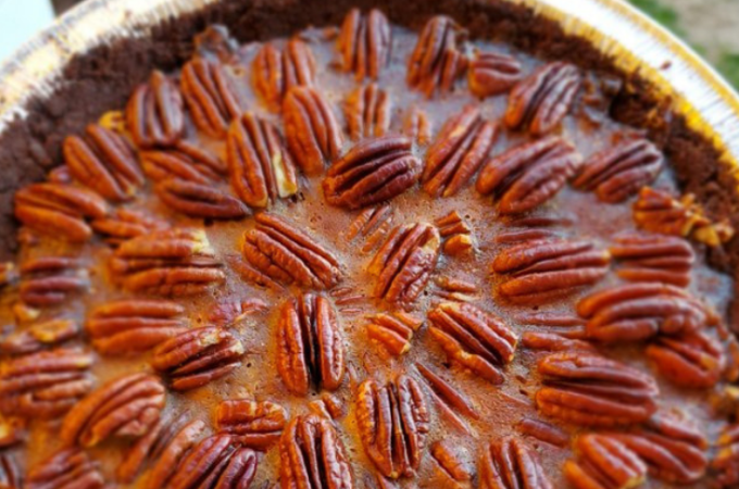 Keto Chocolate Crust Pecan Pie