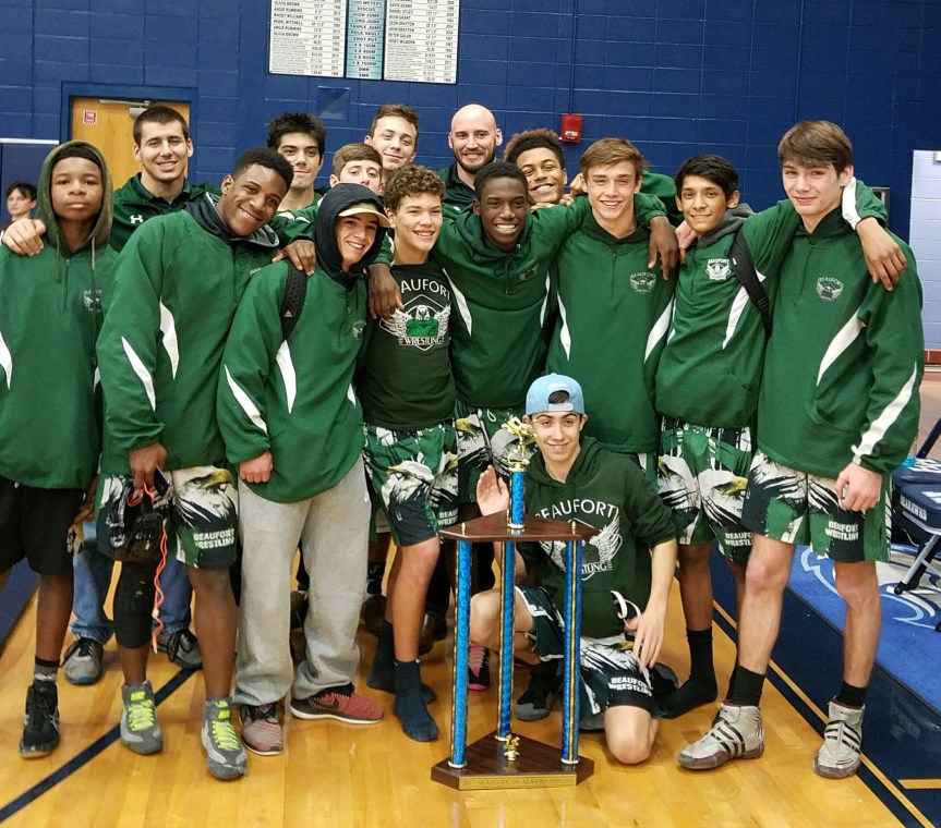 HS Wrestling: Beaufort High Claims First Seahawk Duals Title
