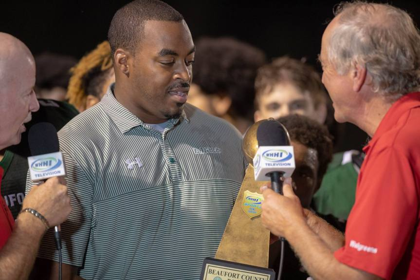 HSFB: Beaufort High Coach DeVonte Holloman Resigns