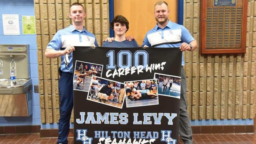 HSWR: Levy's 100th win highlights Seahawks' sweep