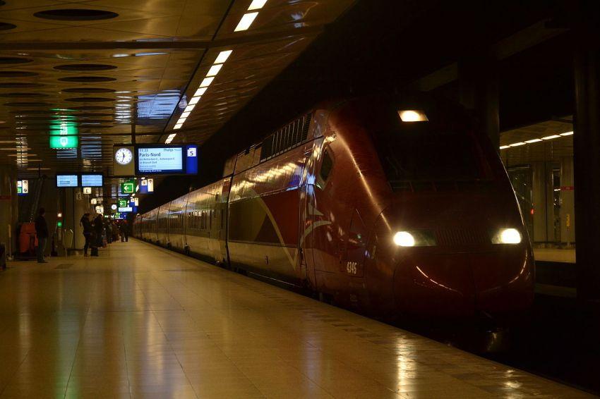 schiphol train thalys