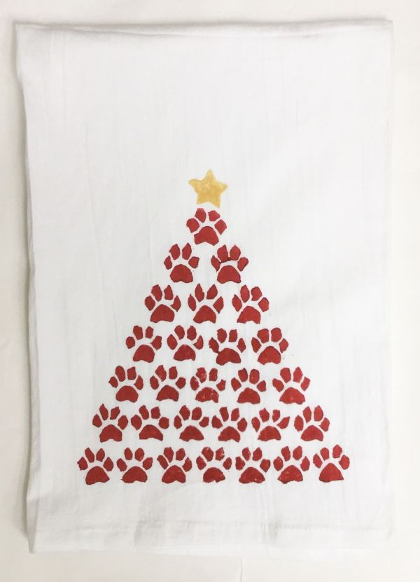 paw tree red towel