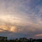 Chmury piętra średniego i zachód słońca