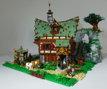 Medieval inn The Golden Key (2)