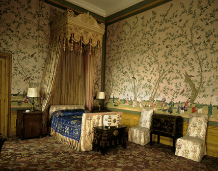 The Chinese Bedroom habitually used by Edward VIII as