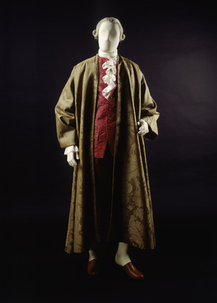 Banyan of brown woollen damask front view 18th century