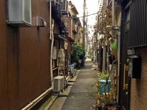住宅地の路地裏