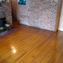 Linseed-oiled floor.