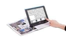 Optelec Compact 10 HD Speech reading a magazine