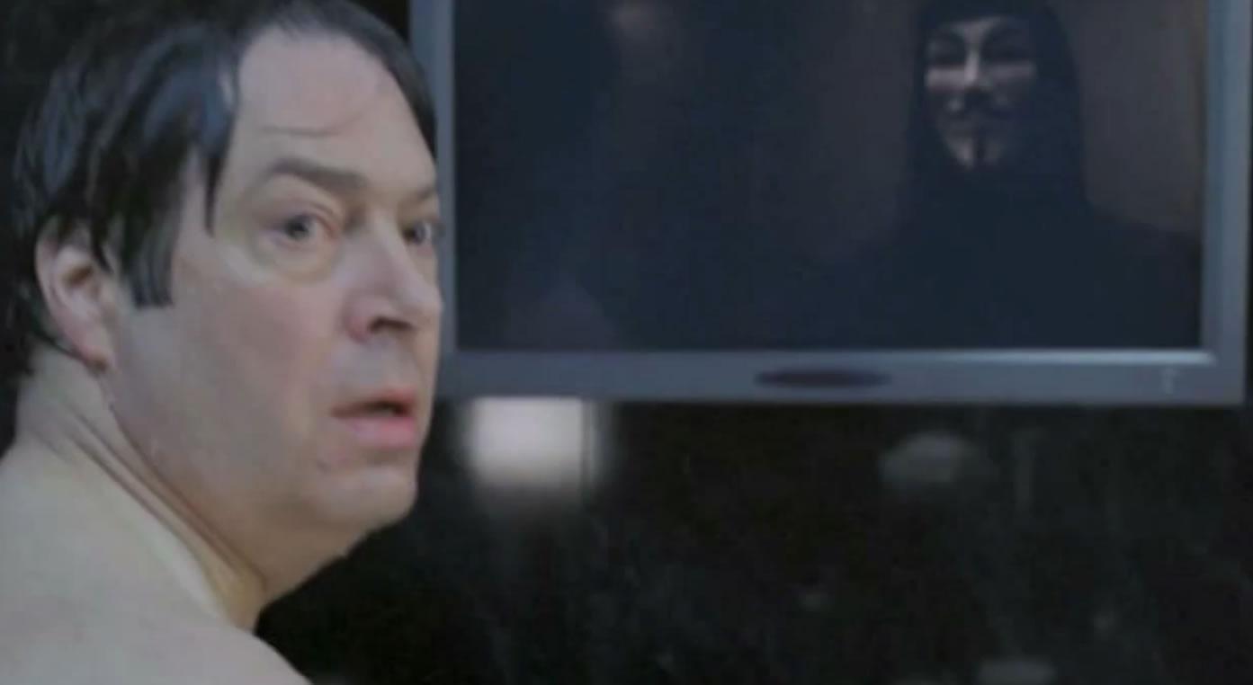 Mirror scare the horror cliche found in every horror for Mirror horror movie