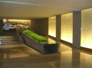 Hyatt Singapore hallway to elevators