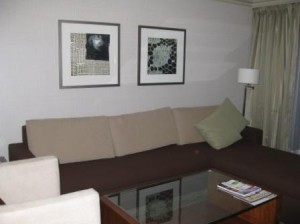 Vancouver Westin Bayshore Suite sitting room