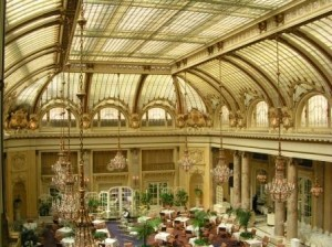 palace-hotel-courtyard-glass-ceiling