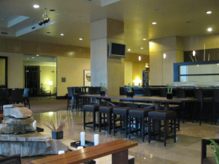 Westin Tabor Center V's Bar and open lobby