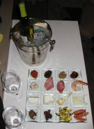 Hyatt Regency Denver - complimentary Diamond member amenity of wine and food tray