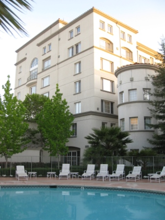 Marriott San Mateo, California - Marriott Rewards Category 4 Hotel