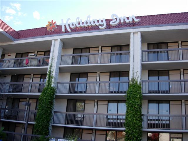 Holiday Inn Santa Clara was rebranded a Best Western in 2009
