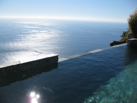 Infinity spa pool, Post Ranch Inn, Big Sur