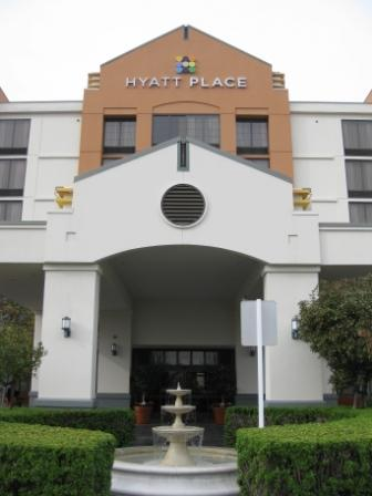 Hyatt Place Dublin entrance