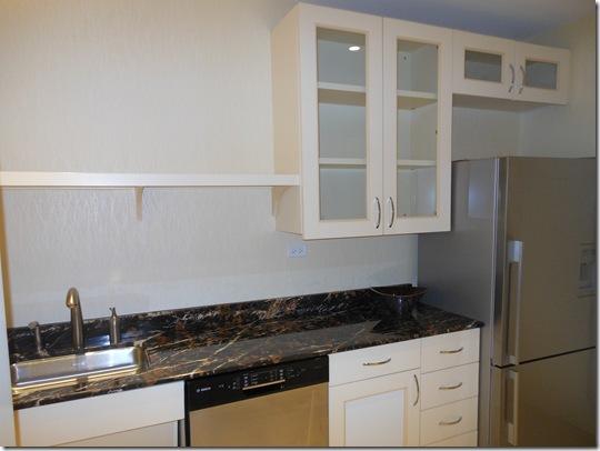 McCormick Suite kitchen