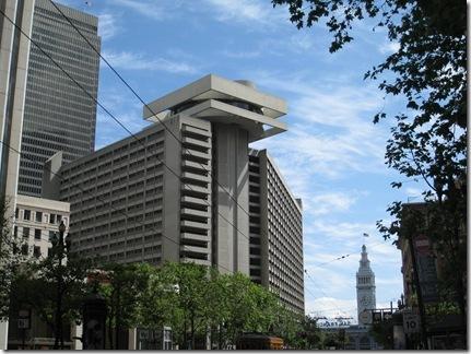 Grand Hyatt-Mandarin Oriental 068_thumb[1]