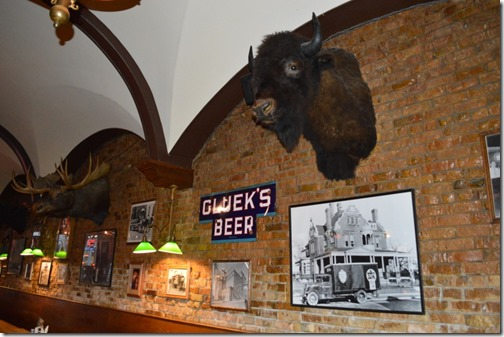 Gluek's Bar