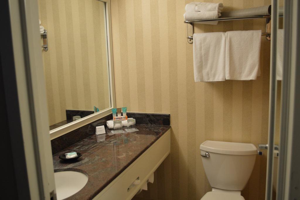 Hotel Reviews Hyatt Regency Savannah