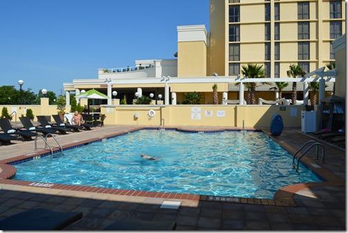 Marriott pool-2
